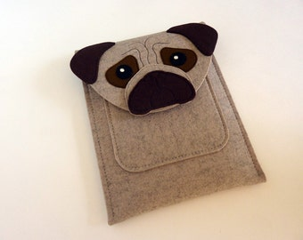 Pug case for Kindle, Paperwhite, Voyage and Oasis // E-reader case // Beige and brown felt