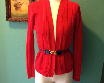 VTG Miss Holly Sweater Cardigan // Ruby Red // Acrylic // Size 38