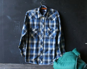 Vintage Plaid Wrangler Shirt Mens Western With Pearl Snaps Blue Black and White Medium Vintage From Nowvintag on Etsy