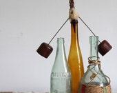 vintage bottle stopper / decorative wooden bottle topper / barware