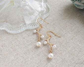 Branches & Pearls Earrings, Wedding Jewelry, Bridesmaids Earrings, June Birthstone