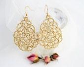 Wedding lace earrings Champagne splash, wedding earrings, ĺace bridal jewelry, bridal earrings, tatted earrings, wedding jewelry