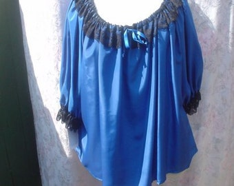 Blue Silkie Pirate/Peasant Blouse w/Black Lace, Elastic Neck, Short Sleeves, Size L/XL