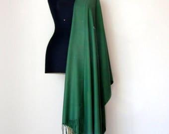 Dark Green Shawl, Luxury Pashmina, Gift For Her, Green Scarf, Elegant Wrap, Bridesmaids Gift, Wedding Shawl, Green Bridal Shawl, Flower Pin