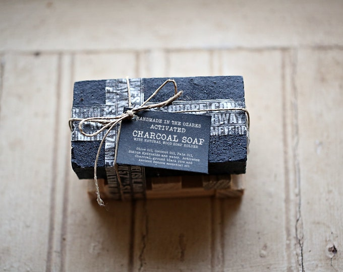 ACTIVATED CHARCOAL SOAP w/ wooden soap dish - Gift Set - Luxury Soap, Sea Salt Soap Bar, Detoxifying Soap, Detox Soap, Rustic Gift, Man Gift