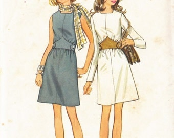 Sewing Pattern Butterick 5747 Dress fixed waist inset band button feature with a-line skirt Size 12 complete