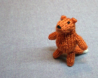 Magnet - Clever Fox - Knitted and Crocheted