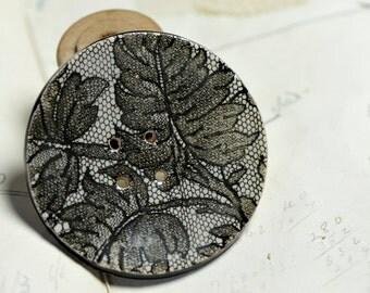 lace print ceramic button