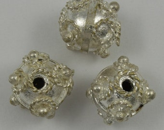 10mm Silver Dot Bead (6 Pieces) #1753