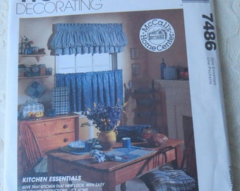 McCalls 7486 Pattern Kitchen Essentials Cafe Curtains, Appliance Covers, Chair Pillows & More