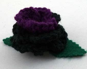 Crocheted Rose Hair Clip - Black and Purple (SWG-HC-HEHE01)
