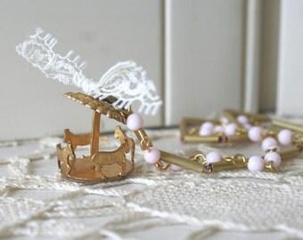 Rosabella - Vintage Necklace