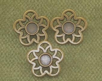 Antique Brass Flower Petal Floral Recessed Center Star Shaped Buttons  H22
