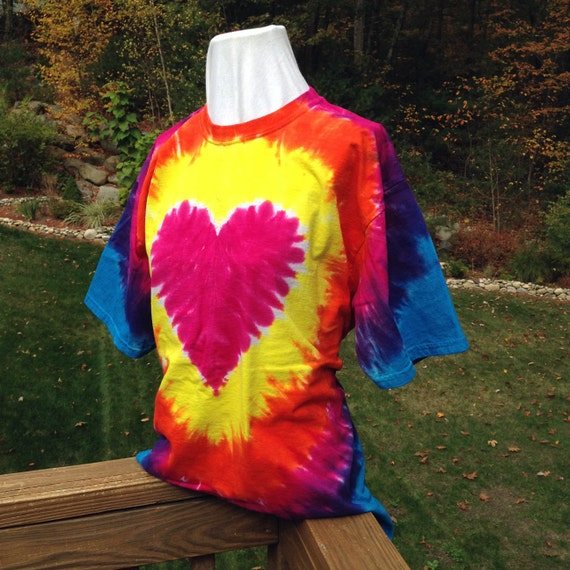Brilliant Heart Tie Dyed Adult T-shirt in Red