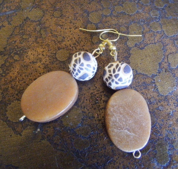 Caramel Cheetah Polymer and Adventurine Beaded earrings