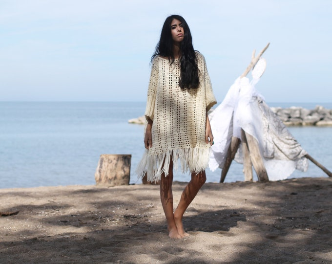 OVERSIZE SWEATER PONCHO, Oversize poncho  plus size sweater, Plus size Poncho, over size crochet sweater, sweater, Fringe Poncho