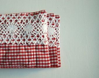 Farmhouse Organic Lavender Sachet / fragrance sachet / drawer sachet / dryer sachet chemical free / country red & white check / vintage lace