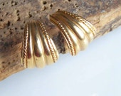 Vintage Earrings, Curved Earrings, Gold Plated Earrings, Pierced Earrings, Post Earirngs, Costume Jewelry, Etsy, Etsy Jewelry