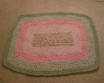 """Crocheted Fabric Shabby Chic Rag Rug 30"""" x 42"""" Floral Rose Pink Light and Dark Sage Green"""