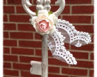 Birthday  Decoration Shabby Chic Skeleton Key for Birthday Ornament