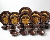 36 piece brown stoneware dishes, service for 6, dinner setting excellent condition