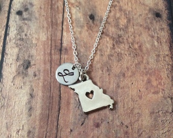 Missouri initial necklace - Missouri jewelry, state jewelry, US state necklace, state necklace, Missouri pendant, silver Missouri necklace