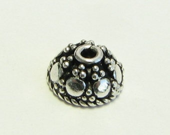 Pretty Antiqued Bali Sterling Silver Dome Bead Caps with Granulation (4 pieces)