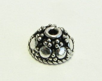 Pretty Antiqued Bali Sterling Silver Dome Bead Caps with Granulation 7mm (4 pieces)