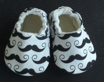 Baby Shoes, baby slippers, booties, Boy, Mustache, Gray, Polka Dot, Organic Sherpa, Cotton
