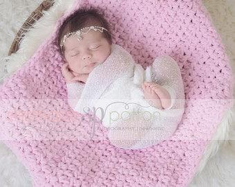 Crochet Blanket chunky blanket ,Mini ghan , Basket Stuffer , bumpy blanket mat rug Newborn Photography Prop , custom sizes , colors