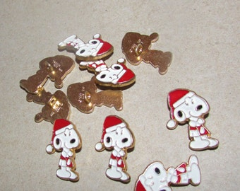vintage snoopy santa button set of 10