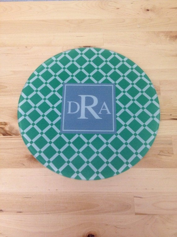 Cutting board monogram design your own glass kitchen pattern for Make your own chopping board