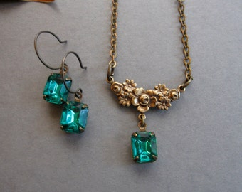 Emerald green necklace set, gift for her, faceted glass, holiday jewelry, black friday