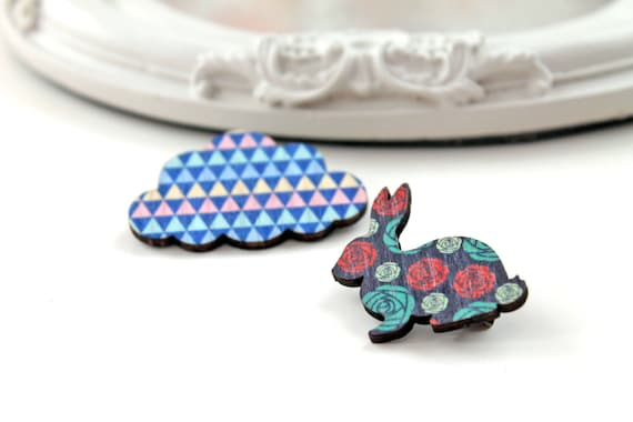 Bunny rabbit and cloud wooden brooch set blue red