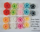 SALE - 18 Cabochon Flower Beads Resin Two Tone Assortment 13mm - 18 pc - CA2013-AS20-AG