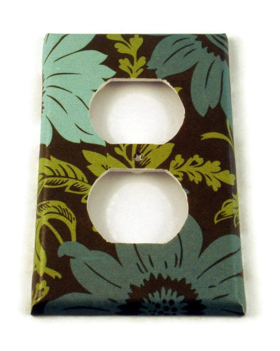 Switch Plate Light Switch Cover Wall Decor Switchplate in  Daisy Chain  (302O)