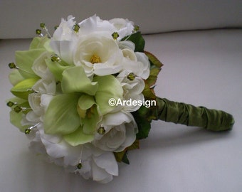GLITTERATI  Wedding Bouquet With Crystals