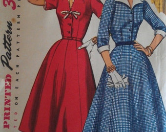 Vintage 50s Notched Pointed Collar Bow Trim Shirt Waist Dress Cuffs Sewing Pattern Simplicity 1427 B35