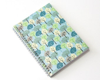 Large Coupon Organizer with 14 Pockets - Pre Printed Labels Included - Trees