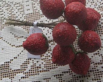 Spun Cotton Millinery Fruit Czech Republic 10 Strawberries  NF 321