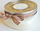 Oatmeal and Honey scented 6oz Shorty Handpoured Soy Candle
