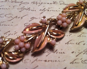 Vintage Coro Pink Thermoset Bracelet