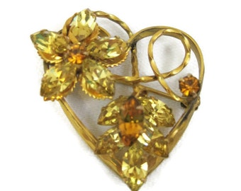 Rhinestone Brooch 50s 60s Heart shaped Gold Citrine Topaz Rhinestones Pin