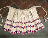 Sweet Minimal Crochet Apron Ecru White w Red & Blue Border Back Thennish Vintage