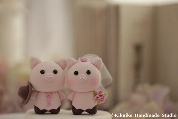 Pig and  Piggy Wedding Cake Topper---k778