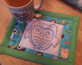 Hand embroidered Turquois Owl Mug Rug