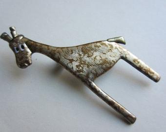 Speckled Giraffe Pin Brooch