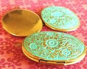 oval pendant, VERDIGRIS floral brass locket 1 pc, photo locket, photo pendant