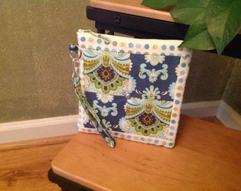 Amy Butler Floral and Dots ~ Jessica Wristlet