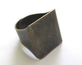 5 Pieces of Solid Antiqued Brass Adjustable Band Ring Base Setting Blanks